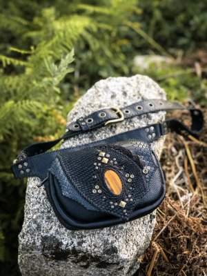 Belt Bag Tiger Eye by Siga Tribal