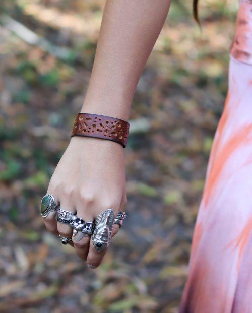 Siga Tribal Leather wristband
